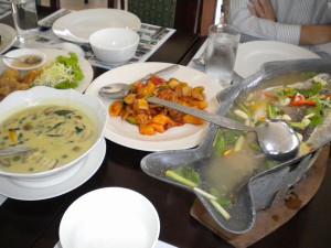 Thai201302g03